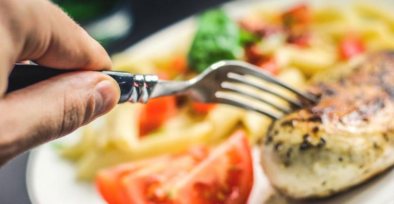 Carne branca também aumenta o colesterol ruim